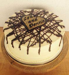 Chocolate Drizzle Wedding Cake for a small family wedding.  #cakeryarts #kelownacakes #okanagancakes #kelownaweddings #kelownaweddingcakes