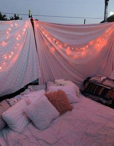 Sleepover Room, Fun Sleepover Ideas, Sleepover Activities, Sleepover Snacks, Summer Fun List, Summer Goals, Summer Bucket, Men Summer, Trampolines