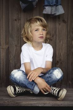 16 Stylish Converse Spring Outfits For Small Boys - Styleoholic Little Boy Fashion, Kids Fashion Boy, Girl Fashion, Fashion Clothes, Fashion Boots, Kids Mode, Denim Look, Boy Hairstyles, Stylish Kids