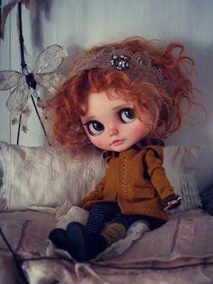 Custom Blythe Doll, clothes by Alice's Tears.