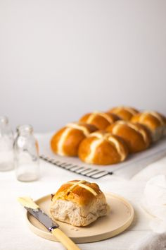 Lightly toasted with butter, or whatever may take your fancy, this homemade hot cross buns recipe is guaranteed to impress your friends and family. It will even have you donning your apron again to make another batch! Find out how to make our homemade hot cross buns here. Fruit Fast, Cocoa Cinnamon, Hot Cross Buns, Honey Recipes, Baking Ingredients, Raisin, Sweet Tooth, Apron