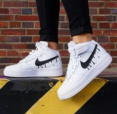 Jordan Shoes Girls, Girls Shoes, Zapatillas Nike Jordan, Jordan Tenis, Sneakers Balenciaga, Moda Nike, Basket Style, Nike Shoes Air Force, White Nike Shoes