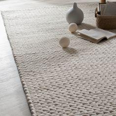 Tapis 100% laine écru effet tricot tissé main CALDO
