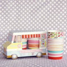 I think I need to plan an ice cream party solely so I can buy these cute cups Ice Cream Party, Ice Cream Van, Love Ice Cream, Ice Cream Station, Ice Cream Social, Cream Cups, Cute Cups, Pretty Packaging, Packaging Design