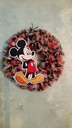 Mickey and Minnie Mouse Tulle Wreaths by TutuChicWreaths on Etsy