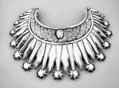 """William Spratling's """"Rubenstein Necklace,"""" inspired by Mexican religious art"""