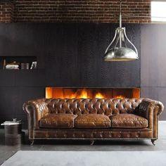 Sofa Chester tapizado en piel.