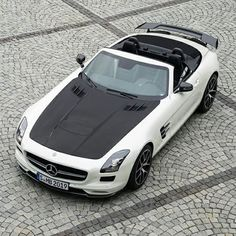 2015 Mercedes-Benz SLS AMG GT Final Edition Roadster  0-60 : 3.6 seconds  1/4 Mile : 11.8 seconds  Engine : Front V8  Shared via @LuXuper app, coming soon.  Photo by @mercedesamg  #LuXuper #supercars #luxury #power #performance #fast #picoftheday #photooftheday #carstagram #igdaily #German #Germany #Deutsch #schön #bitte #danke #spass #Mercedes #Benz #legend #lifestyle #fancy #rich #famous #0to60 #rare #beauty #beautiful