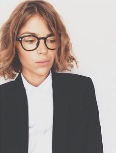 Craving more MOSCOT? Read on for highlights, celebrity sightings, insider info, & surprise announcements in MOSCOT Moments. Womens Glasses, Nyc Fashion, Female Images, Eyewear, Looks Great, Hair Beauty, Style Inspiration, Celebrities, Model