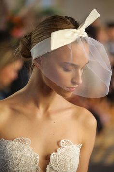 Hair Bridal Fashion Week Fall Winter 2017 — Wedding Hair Inspiration from the Runway | InStyle.com