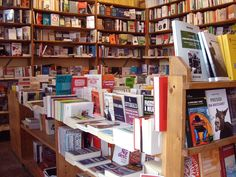 Da oggi puoi acquistare il Numero Quattro anche alla Libreria Popolare di via Tadino, Milano