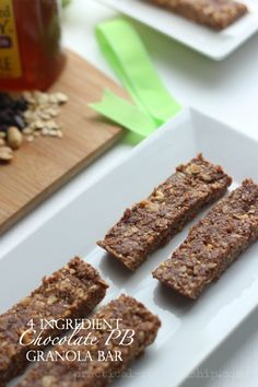 4 Ingredient No Bake Chocolate Peanut Butter Granola Bars-These are like a dessert, yet healthy