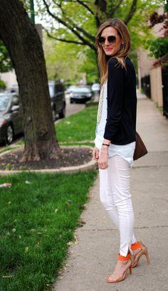 Love the white pants, orange shoe combo.