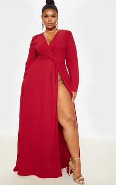 Plus Burgundy Twist Front Maxi Dress This fierce dress is a must-have for the new season. Featuring a burgundy material, twist front detailing. Outfits Plus Size, Curvy Outfits, Girl Outfits, Fashion Outfits, 80s Fashion, Modest Fashion, Fashion Brands, Spring Fashion, Winter Fashion