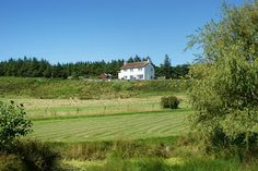 Little Keills is a large detached house sitting within 10 acres of land in a stunning elevated position at the southern end of the Keills peninsula in Argyll. Scottish Holidays, Unique Cottages, House Sitting, Property Search, Detached House, West Coast, Acre, Vineyard, Golf Courses