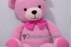 PATRON GRATIS OSO AMIGURUMI 21842 Amigurumi Toys, Amigurumi Patterns, Crochet Patterns, Crochet Projects, Dinosaur Stuffed Animal, Teddy Bear, Diy Crafts, Handmade, Animals