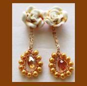 Rosy Dangling Earrings Tutorial T164 - via @Craftsy