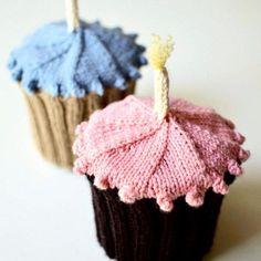Happy Happy Birthday Hat by Nell Knits