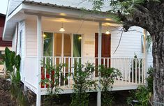 Cabin House Plans, Tiny House Cabin, Tiny House Living, Tiny House Plans, Small House Layout, Small House Design, House Layouts, Tropical House Design, Tropical Houses