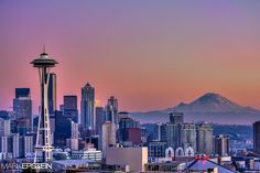 Kerry Park is probably the most famous spot in Seattle to come take pictures of the city skyline with Mount Rainier in the backdrop and a great view of the Seattle Space Needle.