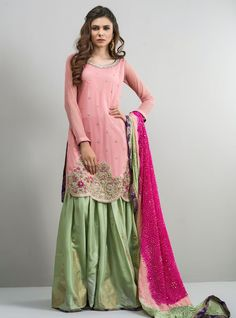 Here is the latest collection of zainab chottani luxury pret formal dresses for women. These can be wear on summer events! Pakistani Fancy Dresses, Pakistani Outfits, Indian Dresses, Ethnic Outfits, Indian Outfits, Wedding Dresses For Girls, Girls Dresses, Bridal Dresses, New Designer Dresses