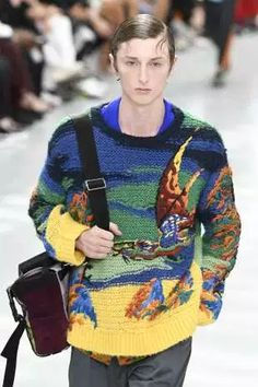 Discover NOWFASHION, the first real time fashion photography magazine to publish exclusive live fashion shows. Knit Fashion, Live Fashion, Runway Fashion, Fashion Show, Fashion Design, Thom Browne, Celine, Balmain, Valentino