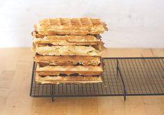 Tipps und Grundrezept für dicke, knusprige Waffeln - frisch gebacken und tiefgefroren aus dem Toaster! - moey's kitchen foodblog