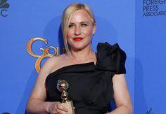 Patricia Arquette gana el premio por 'Boyhood' en los Globos de Oro
