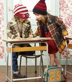 Whimsical motifs from Alessandro Michele's world detail a back to school collection featuring plaid coats striped knit hats and GG motif backpacks and satchels decorated with hares or ladybugs. Back To School Kids, Back To School Fashion, Cute Babies, Baby Kids, Gucci Kids, Gucci Fashion, Little Fashionista, Kids Bags, School Bags