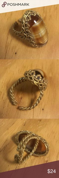 Gorgeous vintage ring Details following. Vintage  Jewelry Rings