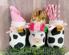 Cow Birthday Parties, Birthday Party Centerpieces, Cowgirl Birthday, Farm Birthday, Animal Birthday, Farm Party Decorations, Birthday Ideas, Cow Baby Showers, White Cow