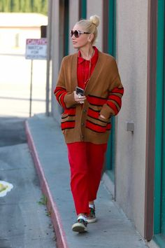 Gwen Stefani Street Style in a Striped Brown Sneakers Out And About in Los Angeles, Autumn Winter Gucci Sneakers, Brown Sneakers, Sneakers Street Style, Red Jumpsuit, Autumn Street Style, Sporty Chic, Gwen Stefani, Striped Cardigan, Fall Winter