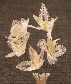 OK kytka 8 - fotoalba uživatelů - Dáma. Lacemaking, Bobbin Lace, Crochet, Plants, How To Make, Lace Flowers, Tulips, Photos, Projects