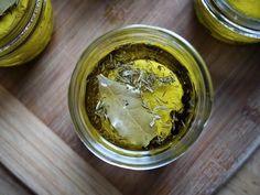 Cómo aromatizar el aceite de oliva   Recetas de Cocina Casera - Recetas fáciles y sencillas