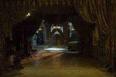 Crimson Peak Director: Guillermo del Toro Production Design: Tom Sanders