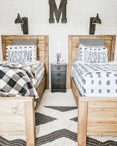 Corner bunk beds offer space for a room togetherReveal room! Corner bunk beds offer space for a room nice common room for kids ideas - the wonder Nice common Big Boy Bedrooms, Boys Bedroom Decor, Boy Rooms, Teen Bedroom, Diy Boy Room, Boy Bedroom Designs, Kids Rooms, Vintage Boys Bedrooms, Cool Boys Room