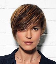 Love this!  A short brown straight coloured multi-tonal streaks - I like the multi-tonal streaks