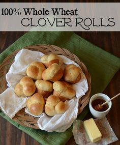 Whole Wheat Clover Rolls - Thanksgiving rolls because you can butter all three sides when you pull them apart! Buutttterrr!