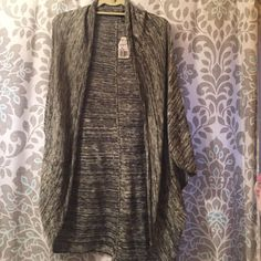 Black & White Cardigan New With Tags never worn. Very comfortable ! Forever 21 Sweaters Cardigans