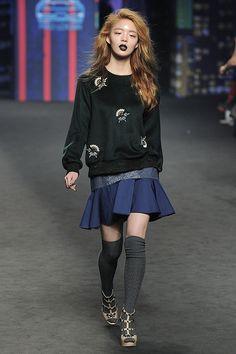 Han Kyung Hyun - Mag & Logan Fall 2015 Seoul Fashion Week