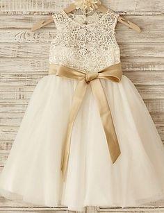 vestido de princesa de longitud de la rodilla vestido de niña - cuello de cuello sin mangas de tul con la cinta de thstylee