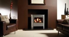 The contemporary Steel Manhattan gas stove offers you even more opportunities to co-ordinate with today's more modern décors, room sizes and furnishings, e Inset Stoves, Modern Stoves, Stove Fireplace, Gas Fireplaces, Fireplace Mantles, Fireplace Ideas, Fire Surround, Gas Fires, Gas Stove