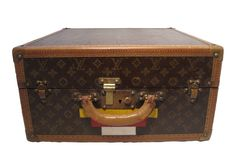 2,995.00 Gorgeous AUTHENTIC LOUIS VUITTON monogram hatbox c.1930s in excellent condition. This is a rare size for the LV hatbox which leads us to beleive it was custom made for someone in the 30s.