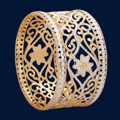 Silver Earrings With Pearls Info: 3948674663 Emerald Bracelet, Diamond Bangle, Diamond Jewelry, Gold Jewelry, Jewelery, Sterling Silver Bracelets, Bangle Bracelets, Silver Necklaces, Silver Earrings