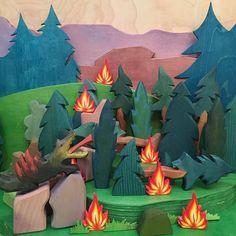 Fire culprit caught #dragon #ostheimer #ostheimerwoodentoys #diorama #dioramamama #fire #mamamade #waldorf