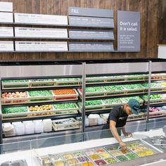 sweetgreen is all about real people and real food. we've got the real food part down, but we're looking for more people to grow our… Paleterias Ideas, Healthy Restaurant Design, Salad Bar Restaurants, Salad Shop, Juice Bar Design, Salad Packaging, Slimming Eats, Food Retail, Fast Healthy Meals