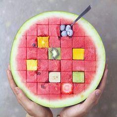 Fruity cubes! ☺️ -⠀ Kudos to: @naturally.jo