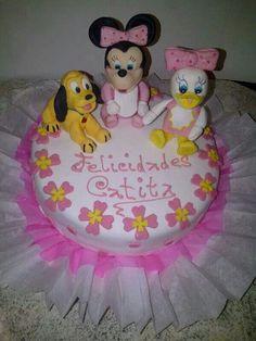 Torta pluto, minnie y daisy bebés hecha por Mariana's Cake. https://m.facebook.com/marianas.cake.7