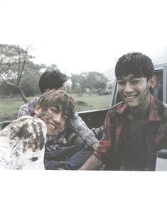 Three beagles: Baekhyun, Chanyeol and Chen