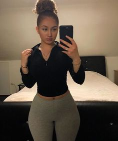 Body Goals in 2020 Chill Outfits, Cute Outfits, Look Body, Thick Body, Slim Thick, Body Motivation, Body Inspiration, Fashion Outfits, Lady
